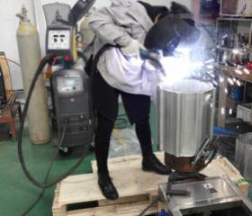 Workshop vacuum welding